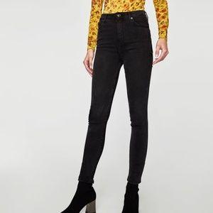 Zara High Waster Jeans in Rock Black